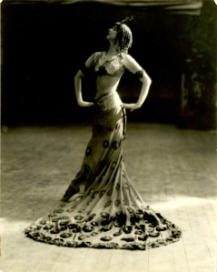 Ruth St. Denis, The Peacock Dance, c. 1914