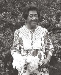 Morrnah Nalamaku Simeona (1913-1992), a Hawaiian Kahuna Lapaʻau -- shaman, healer.