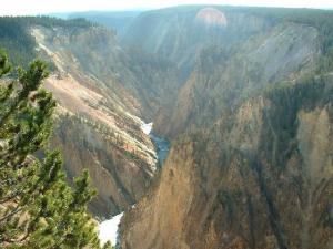 River through the Grand Canyon, Yellowstone National Park. Image courtesy of Public Domain Images.