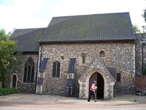 St. Julian's Church, Norwich, England. Photo graciously shared by Charles Hutchins via Creative Commons, WikiMedia.