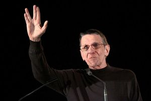 Leonard Nimoy at the May 2011 Phoenix Comicon. Image courtesy of Gage Skidmore, Creative Commons, Wikimedia.