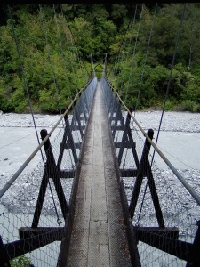 Suspension Bridge. Photo from Nehlia, PIxaBay. PD - CC-SSA.